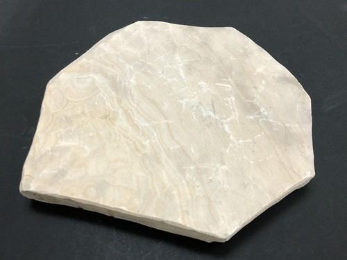 天然砥石原石 6.0kg 名倉砥 三河白(ボタン)使用用途:刀剣、剃刀