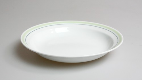 グリーンライン20cmスープ皿 〜強くて頑丈な器〜