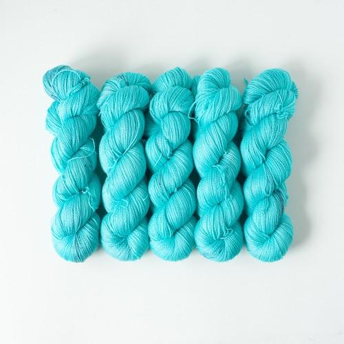 額縁 (merino silk lace)