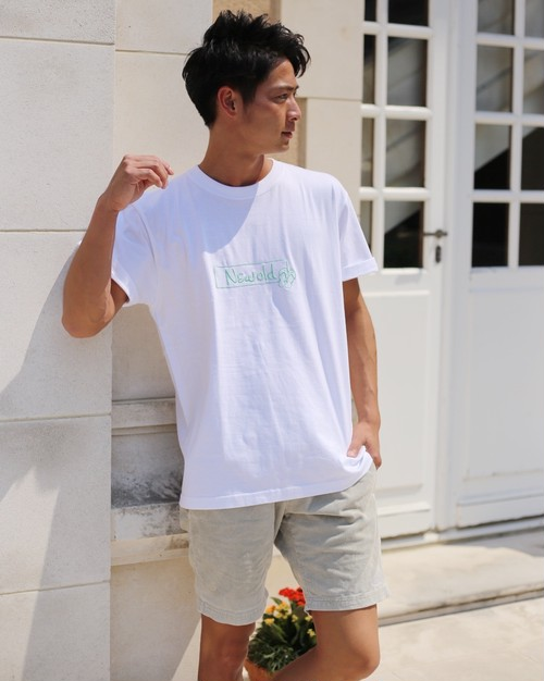 BOX LOGO TEE《White》
