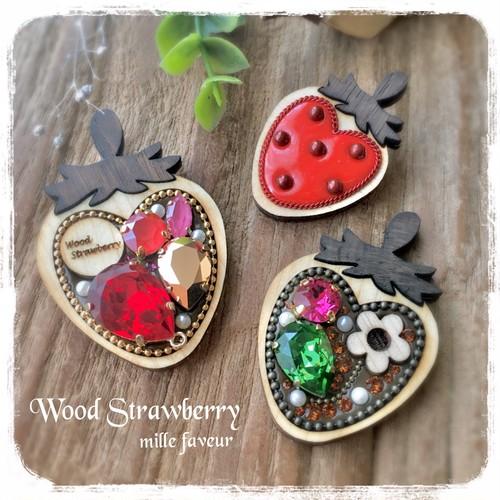 Wood Strawberry