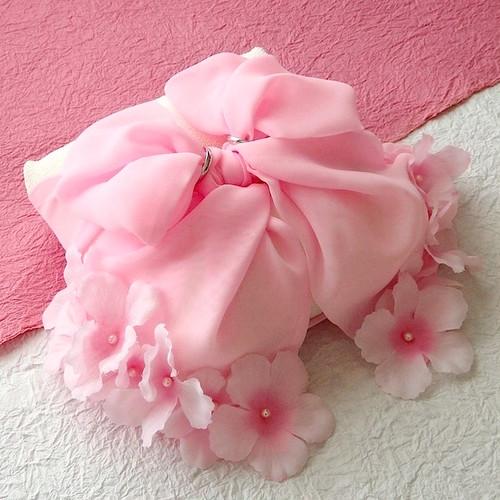 桜を飾ったリボンの和風リングピロー