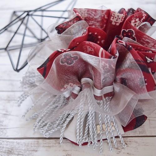 Schalter×Petter:rosso コラボシュシュ red