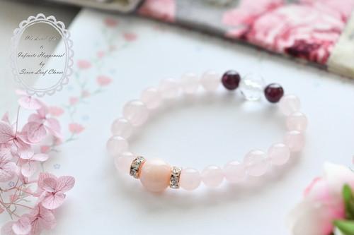 思考をクリアにして、アイデアを受けとり心を開いてくれるピンクオパール☆自分を満たしパートナーとの絆を深めてくれます。