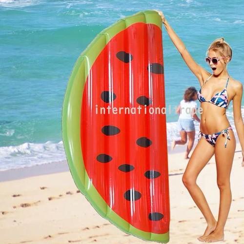 浮き輪 プール 海 スイカ すいか フルーツ うきわ 夏 ビーチ レジャー 大人用 ビッグサイズ ビッグフロート 大きいサイズ 写真映え ナイトプール m911