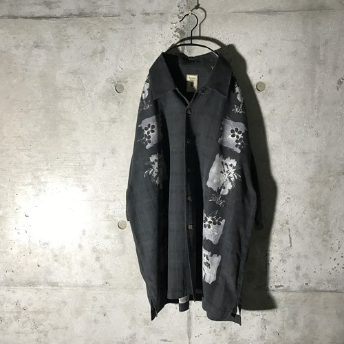 [used] like picture ordered shirt