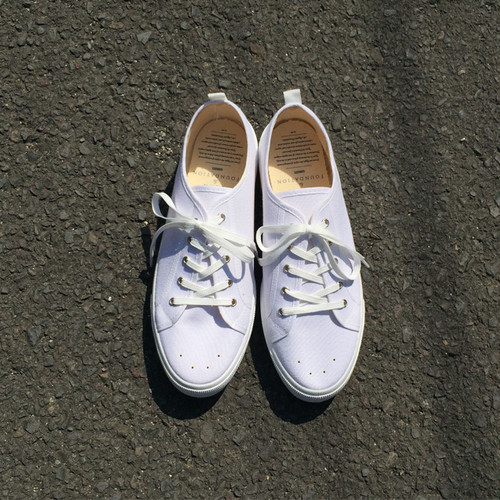 gown&foundation x bul-star school tennis shoes