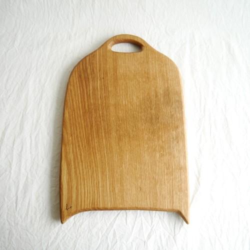 カッティングボード 大 (ナラの木) エゴマ油仕上げ (32.5×20.5)