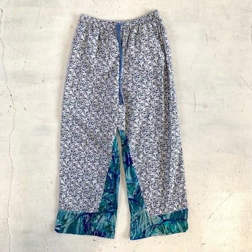 Pattern wide pants / J