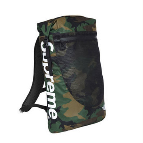 Supreme × The North Faceコラボ Backpack