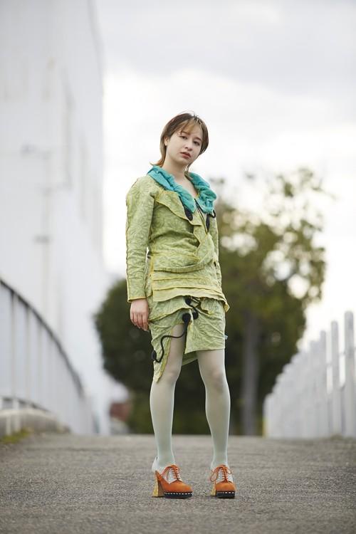 グリーンミニスカート