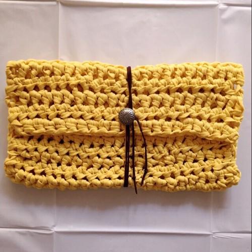 〈yellow〉クラッチバッグ
