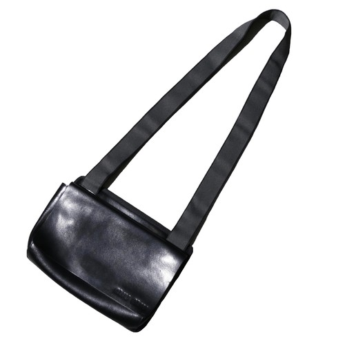 miumiu LeatherPouchBag(BLACK)
