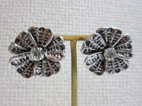 (IKUO)silver flower ピアス