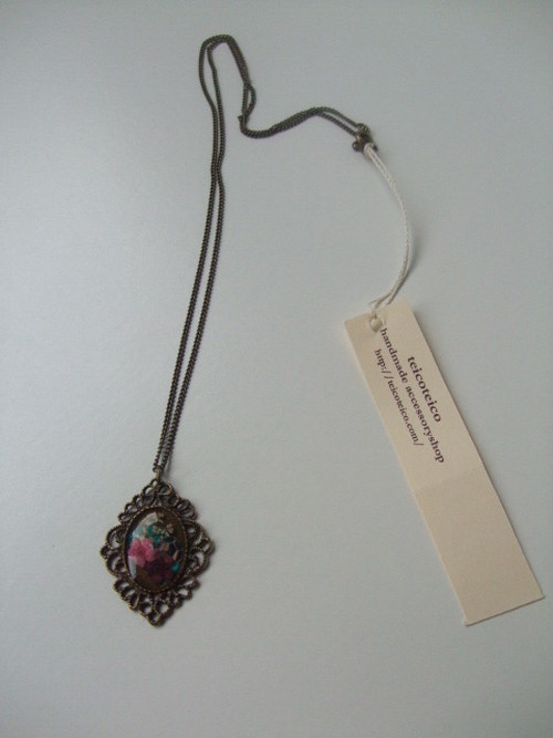 flowerrejin necklace
