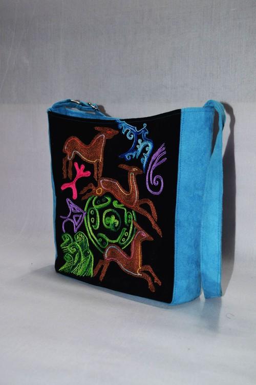 カザフ刺繍のかばん 動物模様 kd-01