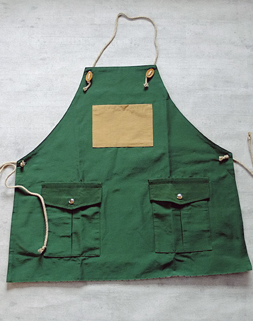 Mountain reversible apron[Forest Green]