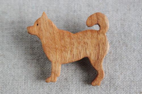 木製柴犬ブローチ