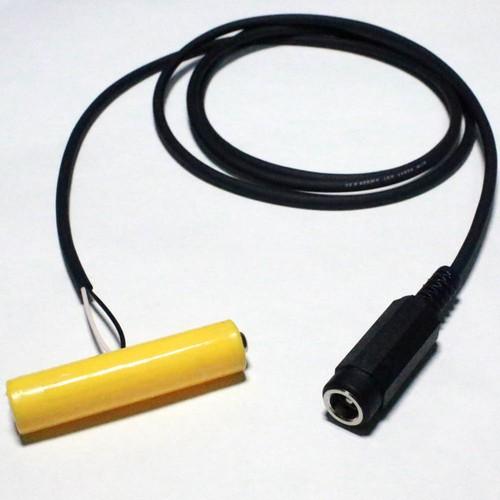単4電池形ACアダプター接続ケーブル1m ACアダプター化で電池交換不要! [A-5521-AAABAT-R1m-Y]