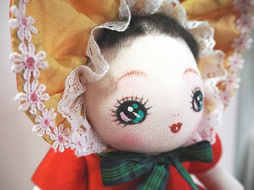 絹文化人形 (No.3)