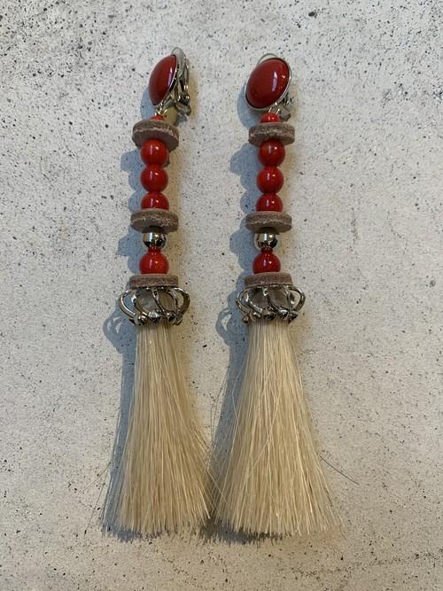 FUMIE=TANAKA horse ball earring (RED)