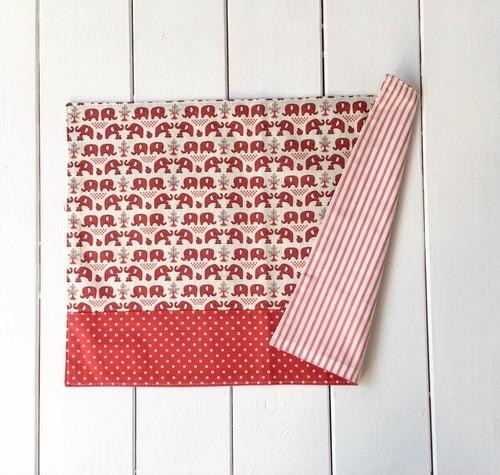 ランチョンマット(園サイズ) 赤ぞうさん×赤白ドット   26×36