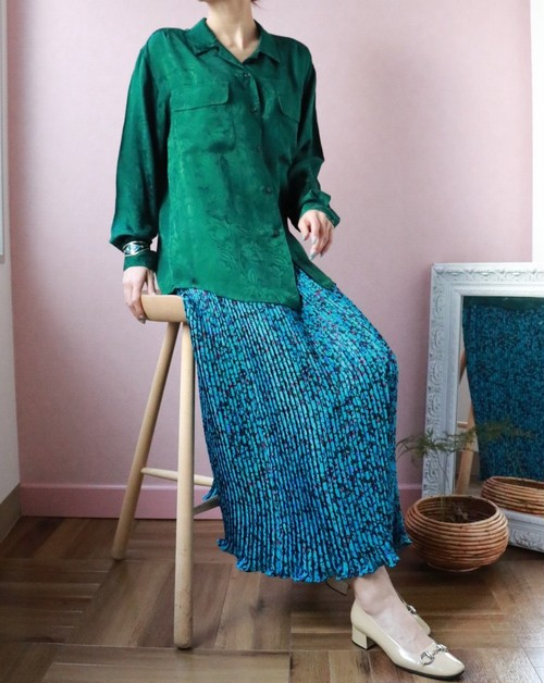 Jacquard silk green blouse