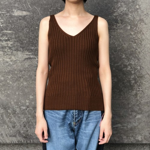 【CINOH】SIDE DECORATED V-NECK NOSLEEVES