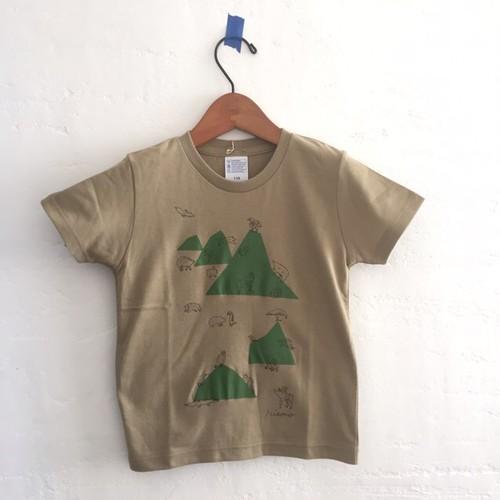 山と動物Tシャツ