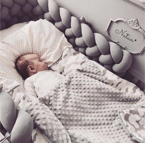【送料無料】ベビークッション ピロー まくら 柵 バンパー  イヌ 猫 ペット ベッド ユニコーン ゆめかわ 抱き枕 編み込み パステル インスタ