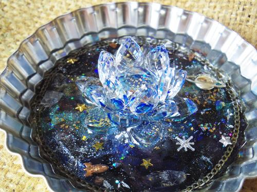 【オルゴナイト】宇宙の泉に咲く