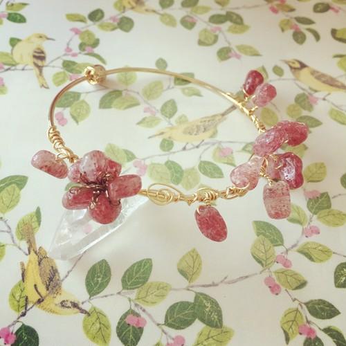 梅の花咲くバングル