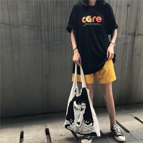レトロなプリント半袖Tシャツ+ワイドレッグパンツ