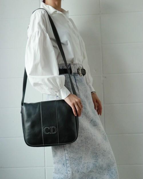 Christian Dior logo shoulder bag