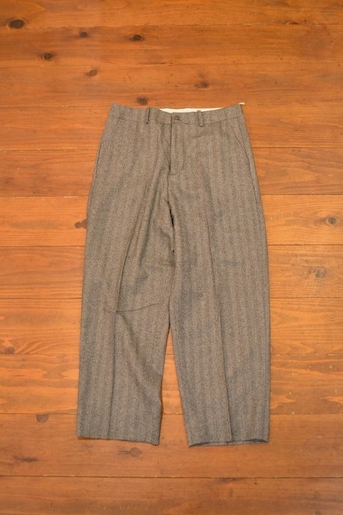 roundabout / WOOL CENTER PRESS PANT