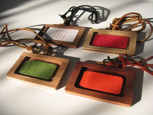 木のパスケース「バッグ型」ネームホルダー wood pass case「bag」