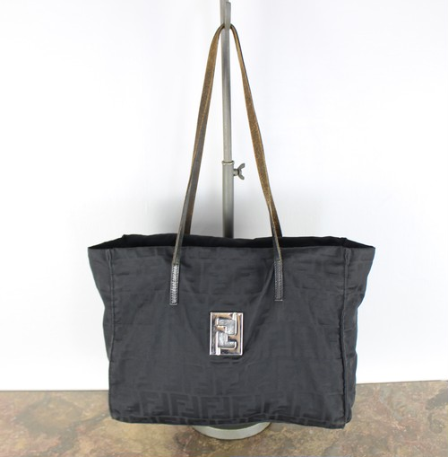 .FENDI ZUCCA PATTERNED LOGO TOTE BAG MADE IN ITALY/フェンディズッカ柄ロゴトートバッグ 2000000037400