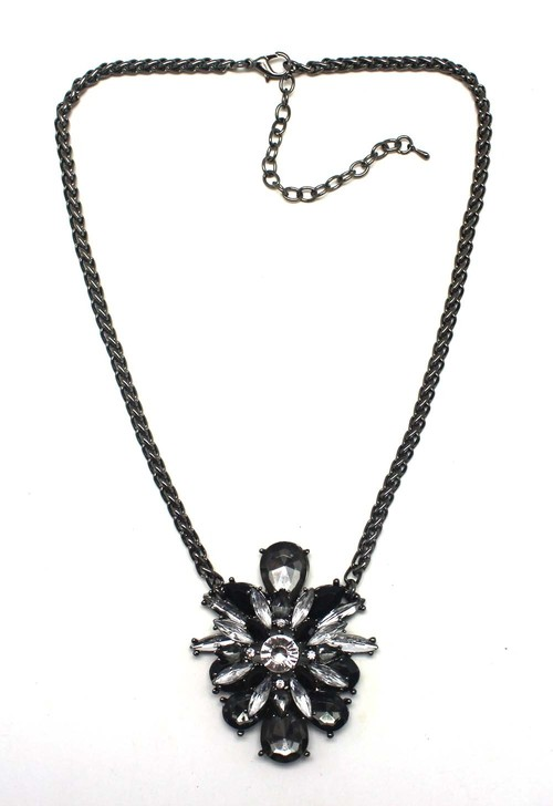 Shining Flower Necklace