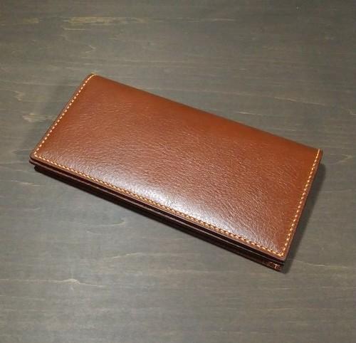 通しマチの長財布