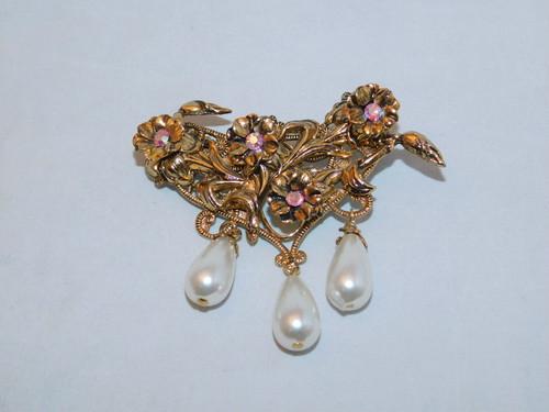 ピンクの花とパールのさがりブローチ(ビンテージ) vintage brooch (flower, pearl color)