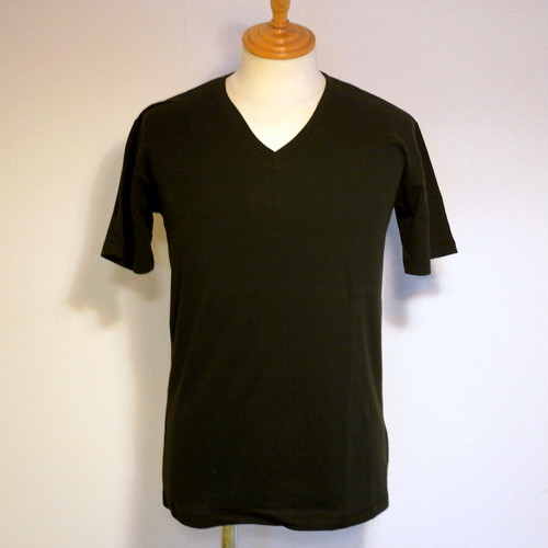 High Tension Circular Rib V Neck TEE Black