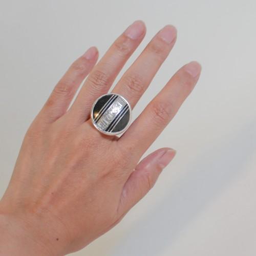 トァレグの職人が作るシルバーリング(サークル) Tureg silver&ebony Ring