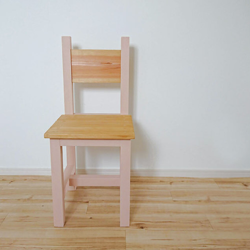Chair / ナチュラル×フロリダピンク / チェアー / 背もたれ椅子 / 飾り台にも 【国産紀州材使用】