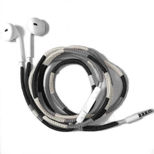 mono 001 -Apple