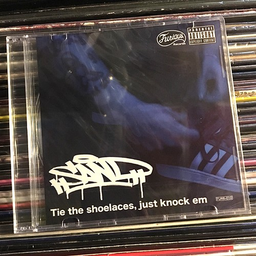 SAND / tie the shoelaces,just knock em (CD)