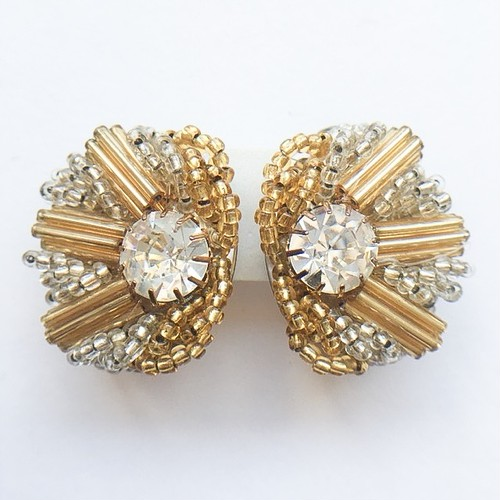 gold & clear beads design earring[e-630]