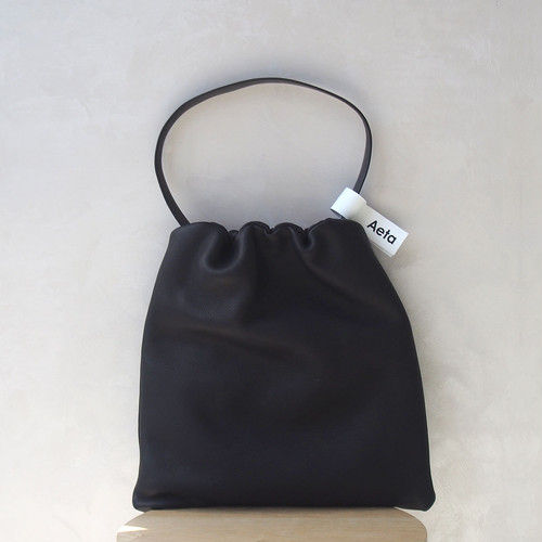 Aeta DEER SHOULDER M BLACK
