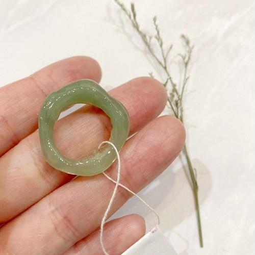 とろっと具合がたまらない♡樹脂ring(グリーン)約9号