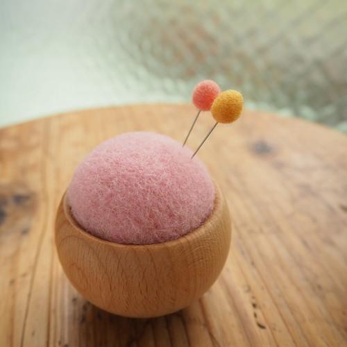 こんもり針山 羊毛ピンクッション(サクラ)