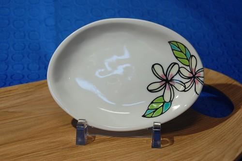 楕円小皿 プルメリア ホワイトピンク